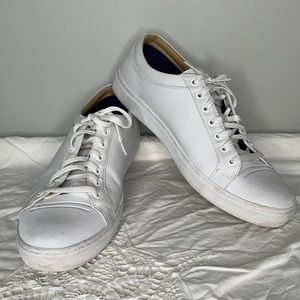 Sketchers Sport white genuine leather Air-Cooled Memory Foam laced sneaker 10.5